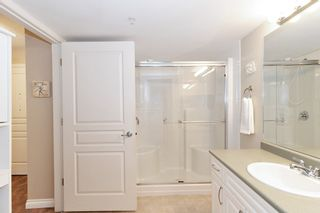 """Photo 12: 205 960 LYNN VALLEY Road in North Vancouver: Lynn Valley Condo for sale in """"Balmoral House"""" : MLS®# R2502603"""