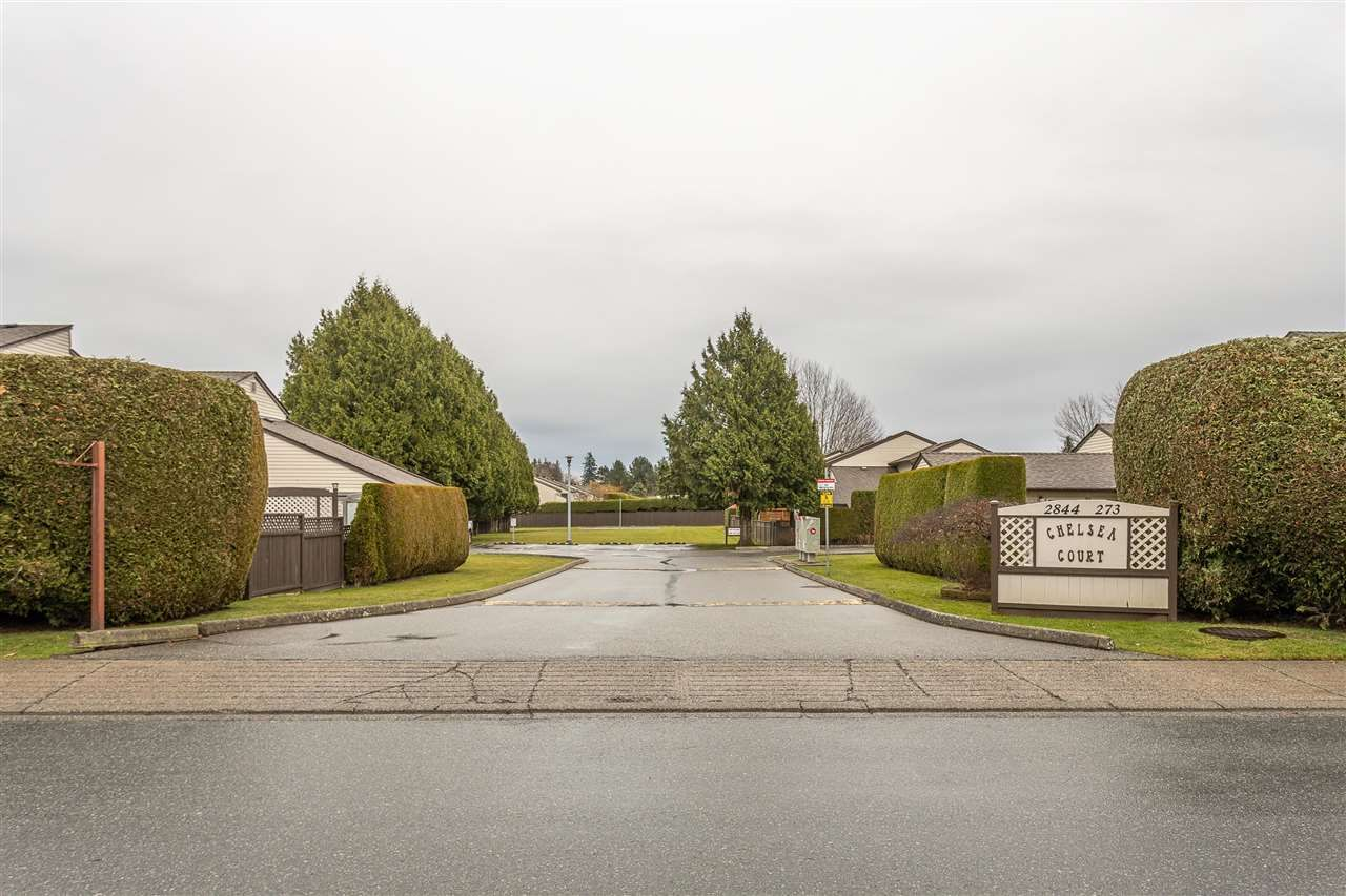 "Main Photo: 134 2844 273 Street in Langley: Aldergrove Langley Townhouse for sale in ""CHELSEA COURT"" : MLS®# R2522030"