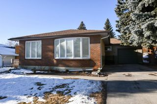 Photo 1: 41 Cawder Drive NW in Calgary: Collingwood Detached for sale : MLS®# A1063344