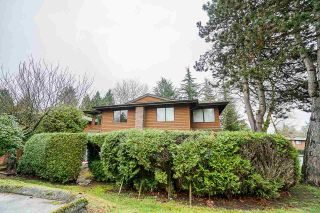 Photo 1: 322 10620 150 Street in Surrey: Guildford Townhouse for sale (North Surrey)  : MLS®# R2422717