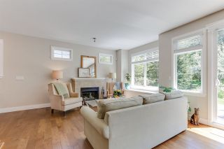 """Photo 5: 32 15454 32 Avenue in Surrey: Grandview Surrey Townhouse for sale in """"Nuvo"""" (South Surrey White Rock)  : MLS®# R2454547"""