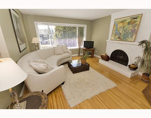 Photo 2: Photos: 316 W 21ST Street in North_Vancouver: Central Lonsdale House for sale (North Vancouver)  : MLS®# V760517