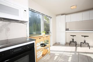 Photo 11: 2308 16A Street SW in Calgary: Bankview Row/Townhouse for sale : MLS®# A1101623