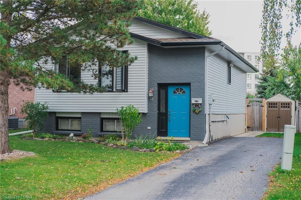 Main Photo: 22 ERICA Crescent in London: South X Residential for sale (South)  : MLS®# 40176021