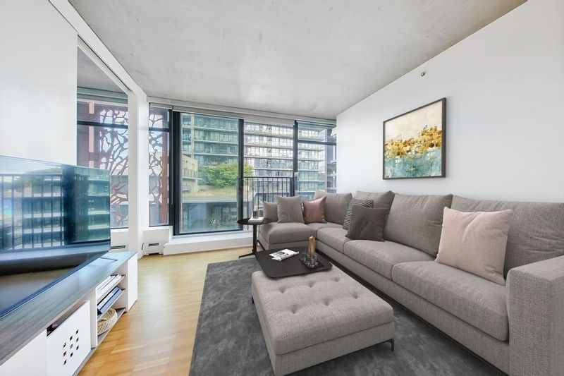 FEATURED LISTING: 1505 - 128 CORDOVA Street West Vancouver