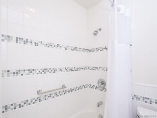 Photo 17: PACIFIC BEACH Condo for sale : 2 bedrooms : 1235 Parker Place #1F in San Diego