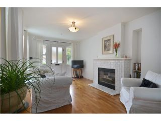 "Photo 4: 4356 PRINCE EDWARD ST in Vancouver: Fraser VE House for sale in ""MAIN/FRASER"" (Vancouver East)  : MLS®# V991538"
