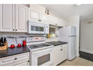 "Photo 9: 37 8892 208 Street in Langley: Walnut Grove Townhouse for sale in ""Hunters Run"" : MLS®# R2420757"