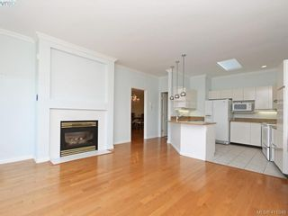 Photo 10: 29 4360 Emily Carr Dr in VICTORIA: SE Broadmead Row/Townhouse for sale (Saanich East)  : MLS®# 816776