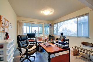 Photo 11: 5545 MORELAND DRIVE in Burnaby: Deer Lake Place House for sale (Burnaby South)  : MLS®# R2035415