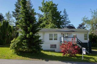 Photo 1: 8041 CARIBOU Street in Mission: Mission BC House for sale : MLS®# R2219520