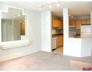 """Photo 15: 303 33478 ROBERTS Avenue in Abbotsford: Central Abbotsford Condo for sale in """"Aspen Creek"""" : MLS®# F2715413"""