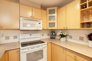 """Photo 8: 227 3122 ST JOHNS Street in Port Moody: Port Moody Centre Condo for sale in """"SONRISA"""" : MLS®# R2620860"""