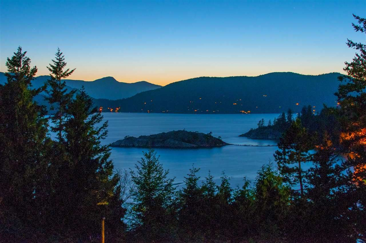 Photo 17: Photos: 6253 ST. GEORGES Crescent in West Vancouver: Gleneagles House for sale : MLS®# R2526812