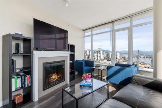 Photo 4: 3002 888 CARNARVON Street in New Westminster: Downtown NW Condo for sale : MLS®# R2551239