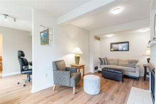 """Photo 6: 8552 WILDERNESS Court in Burnaby: Forest Hills BN Townhouse for sale in """"SIMON FRASER VILLAGE"""" (Burnaby North)  : MLS®# R2560029"""