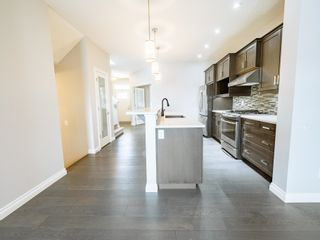 Photo 11: 5215 ADMIRAL WALTER HOSE Street in Edmonton: Zone 27 House for sale : MLS®# E4260055