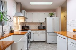 Photo 5: 935 Hemlock St in : CR Campbell River Central House for sale (Campbell River)  : MLS®# 876260