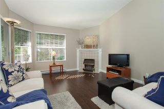 """Photo 5: 4 6537 138 Street in Surrey: East Newton Townhouse for sale in """"Charleston Green"""" : MLS®# R2303833"""