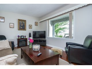Photo 4: 557 TEMPLETON Drive in Vancouver: Hastings House for sale (Vancouver East)  : MLS®# R2090029