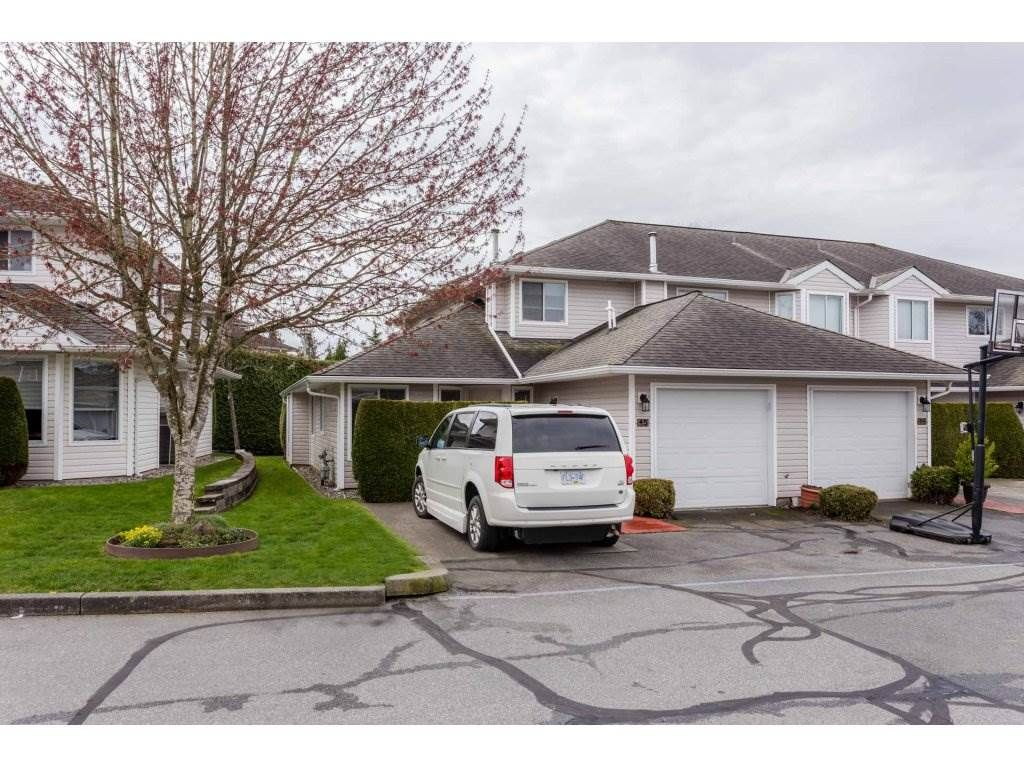 """Main Photo: 45 21928 48 Avenue in Langley: Murrayville Townhouse for sale in """"Murray Glen"""" : MLS®# R2260357"""
