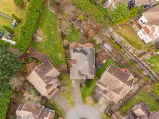 Photo 38: 38 FIRVIEW Place in Port Moody: Heritage Woods PM House for sale : MLS®# R2528136