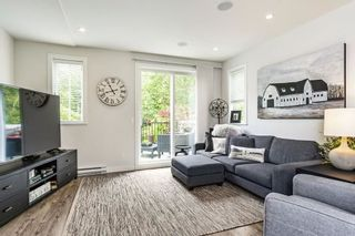 """Photo 3: 53 15588 32 Avenue in Surrey: Grandview Surrey Townhouse for sale in """"THE WOODS"""" (South Surrey White Rock)  : MLS®# R2577996"""