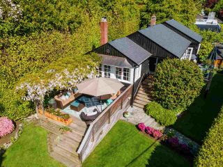 Main Photo: 3051 PROCTER Avenue in West Vancouver: Altamont House for sale : MLS®# R2617694