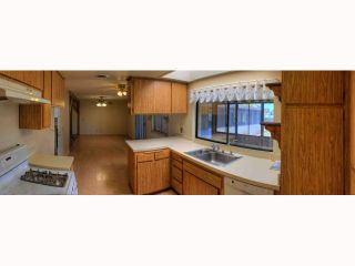Photo 2: OCEANSIDE House for sale : 5 bedrooms : 2105 Maxson