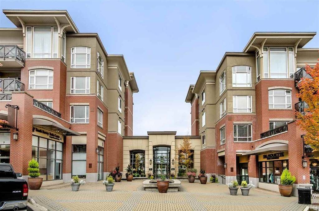 Two Bedroom/Two Bath 936sf Top Floor unit.  Walk to transit, Cactus Club, Starbucks, Save-On, Home Sense and so much more right at your door step!! Unit is in a quiet location at the back of the complex