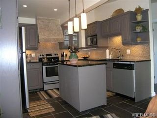 Photo 17: 2586 Wentwich Rd in VICTORIA: La Mill Hill House for sale (Langford)  : MLS®# 703032