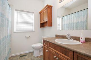 "Photo 11: 43228 HONEYSUCKLE Drive in Chilliwack: Chilliwack Mountain House for sale in ""Chilliwack Mountain Estates"" : MLS®# R2400536"