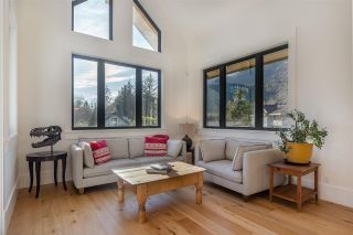 Photo 17: 41605 - 41611 GRANT Road in Squamish: Brackendale House for sale : MLS®# R2520368