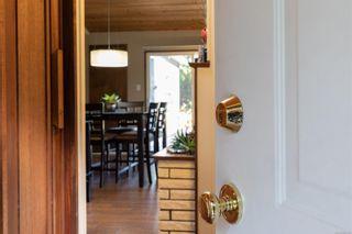 Photo 3: 425 Illiqua Rd in : PQ Qualicum Beach House for sale (Parksville/Qualicum)  : MLS®# 888180