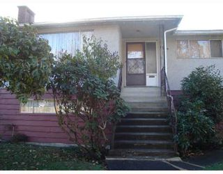 Photo 2: 1764 E 45TH Avenue in Vancouver: Killarney VE House for sale (Vancouver East)  : MLS®# V796180