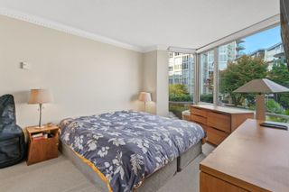 """Photo 21: TH117 1288 MARINASIDE Crescent in Vancouver: Yaletown Townhouse for sale in """"Crestmark I"""" (Vancouver West)  : MLS®# R2625173"""