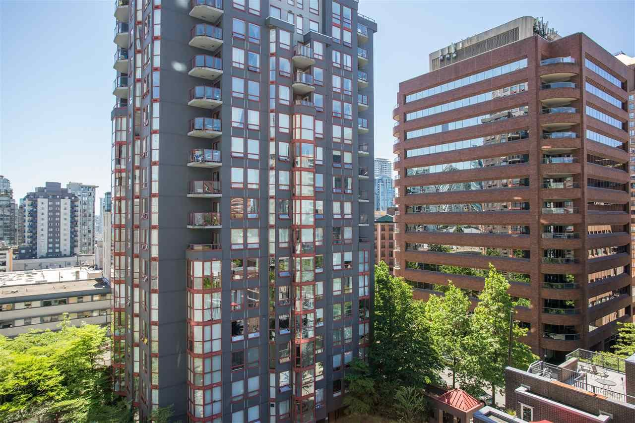 """Photo 15: Photos: 1008 1068 HORNBY Street in Vancouver: Downtown VW Condo for sale in """"The Canadian"""" (Vancouver West)  : MLS®# R2389948"""
