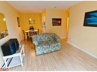"""Photo 3: 220 1442 BLACKWOOD Street: White Rock Condo for sale in """"Blackwood Manor"""" (South Surrey White Rock)  : MLS®# F1106343"""