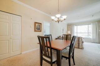 """Photo 6: 215 3098 GUILDFORD Way in Coquitlam: North Coquitlam Condo for sale in """"Marlborough House"""" : MLS®# R2555824"""