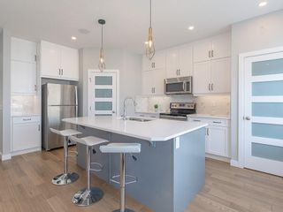 Photo 2: 8 SKYVIEW Circle NE in Calgary: Skyview Ranch Row/Townhouse for sale : MLS®# C4197870