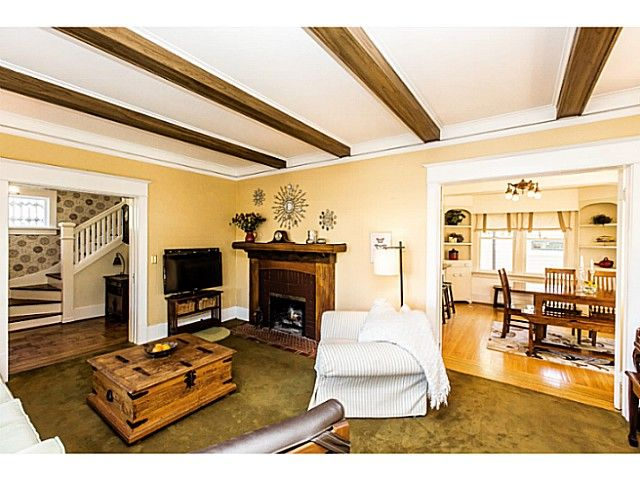"""Photo 6: Photos: 402 SIXTH Avenue in New Westminster: Queens Park House for sale in """"QUEEN'S PARK"""" : MLS®# V1083749"""