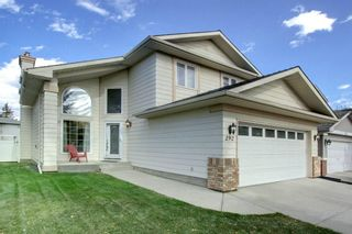Photo 1: 292 SUNDOWN Way SE in Calgary: Sundance Detached for sale : MLS®# C4211084