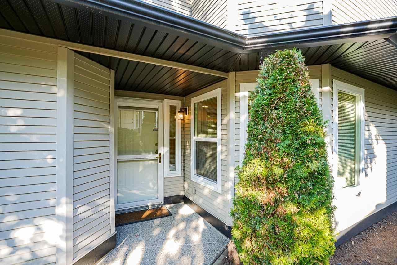 """Photo 4: Photos: 48 36060 OLD YALE Road in Abbotsford: Abbotsford East Townhouse for sale in """"Mountain View Village"""" : MLS®# R2586333"""