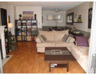 "Photo 3: 101 11771 KING Road in Richmond: Ironwood Townhouse for sale in ""KINGSWOOD DOWNES"" : MLS®# V702660"