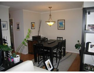 Photo 3: 312 1720 W 12TH Avenue in Vancouver: Fairview VW Condo for sale (Vancouver West)  : MLS®# V768766
