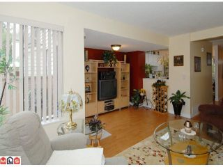 """Photo 3: 69 9368 128TH Street in SURREY: Queen Mary Park Surrey Townhouse for sale in """"SURREY MEADOWS"""" (Surrey)  : MLS®# F1302023"""