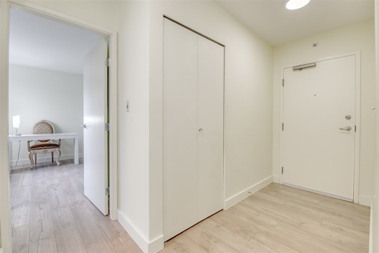 """Photo 13: Photos: 507 124 W 1ST Street in North Vancouver: Lower Lonsdale Condo for sale in """"THE """"Q"""""""" : MLS®# R2509553"""