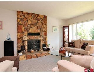 Photo 3: 2203 SENTINEL Drive in Abbotsford: Central Abbotsford House for sale : MLS®# F2823853