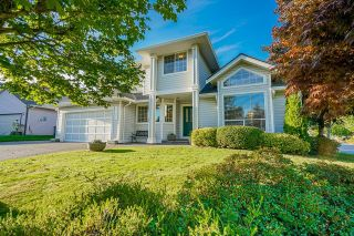 Photo 4: 16197 90A Avenue in Surrey: Fleetwood Tynehead House for sale : MLS®# R2617478