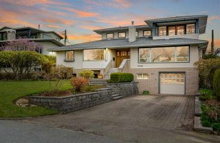 Photo 1: 15539 SEMIAHMOO AVENUE: White Rock House for sale (South Surrey White Rock)  : MLS®# R2554599
